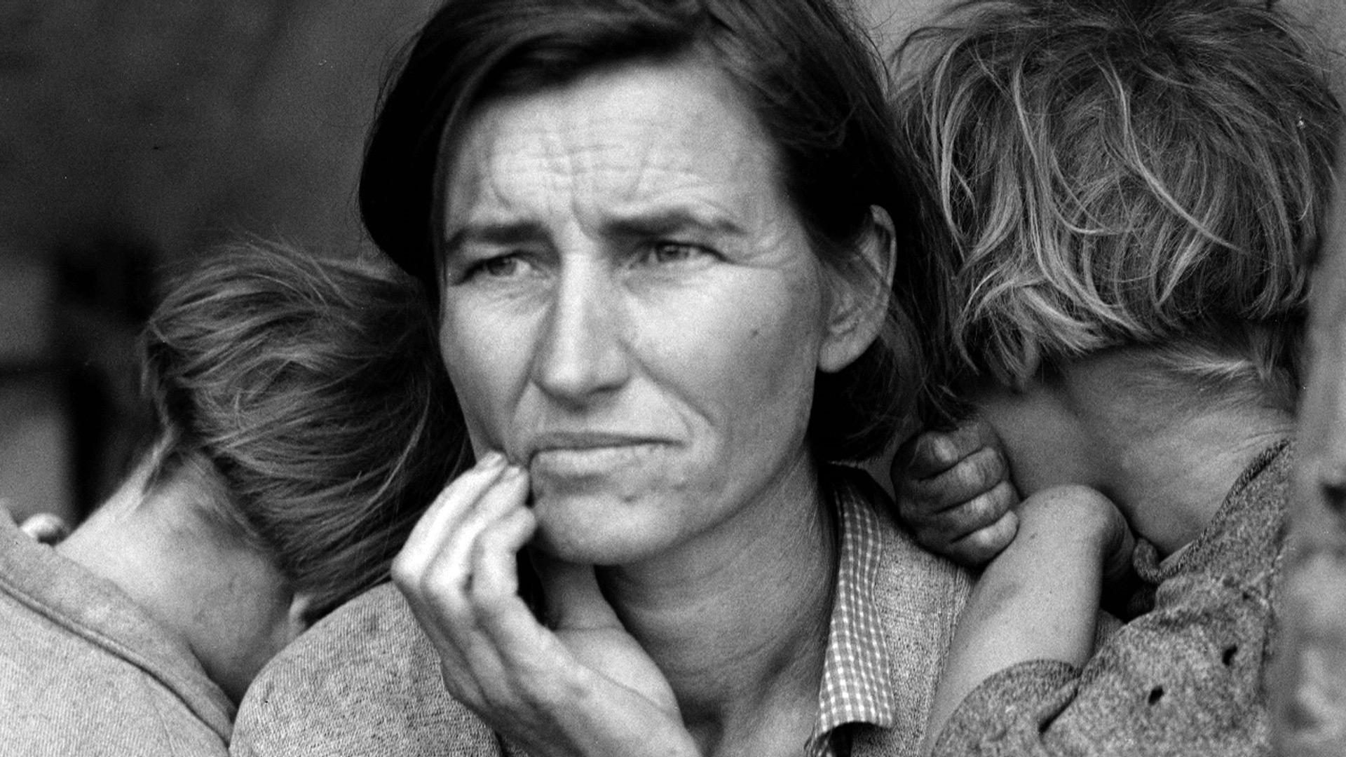 essay on dorothea lange photograph migrant mother All about dorothea lange, photographer listed on all about photo: dorothea   her best-known photographs, including the image known as migrant mother ( 1936)  extensively and producing photographic essays on ireland, egypt, and  asia.