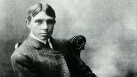 Carl Sandburg as young man
