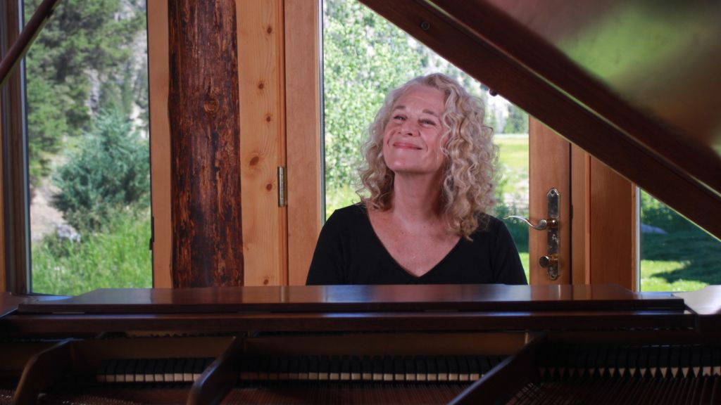 Carole King in her ranch studio