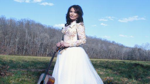 Our 5 Favorite Loretta Lynn Lyrics