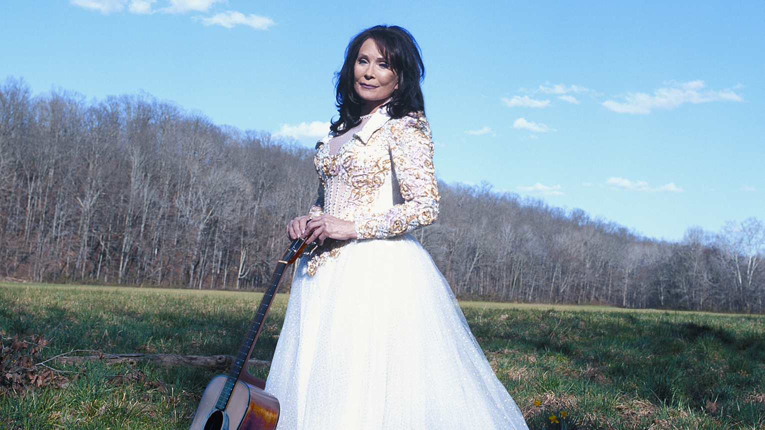 Loretta Lynn , Conway Twitty - God Bless America Again / The Letter