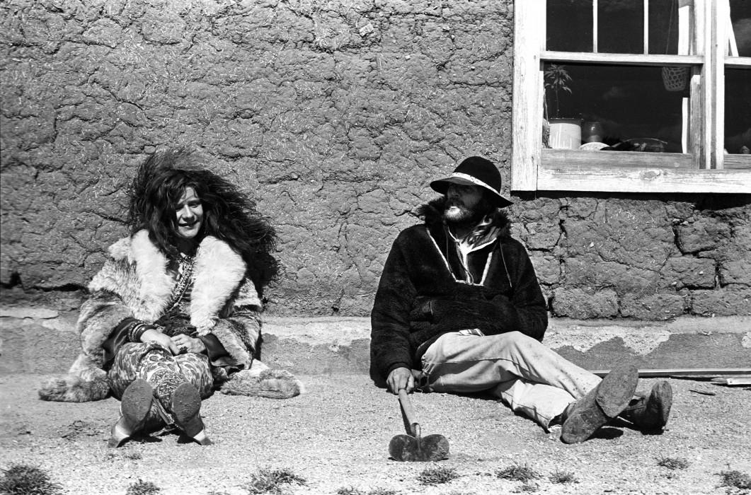 Janis Joplin (l) and Tommy (r)