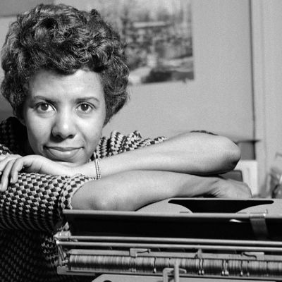 a biography of lorraine hansberry a very inspiring black female writer Ulysses grant lee, jr was a historian, author, professor, editor and army officer born on december 4th, 1913 in washington dc to ulysses grant, a business owner, and maggie lee grant, he was the oldest of seven children.