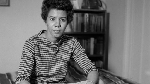 "Watch | Archival Interview of Lorraine Hansberry Fresh Off Her Success From ""Raisin in the Sun"""