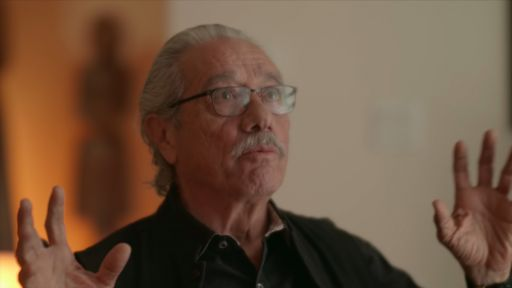 Clip |  Edward James Olmos on Raúl Juliá