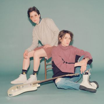 Musicians Tegan and Sara