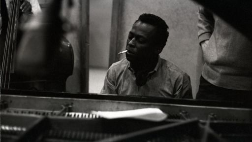 "Clip | How Miles Davis Recorded ""Gems of Spontaneity"""