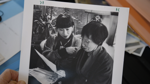 What inspired Amy Tan to go from a technical telecommunications writer to writing novels?