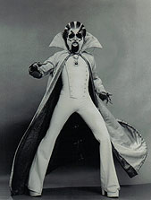 André De Shields as The Wiz.