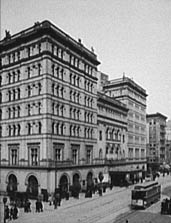 The original Metropolitan Opera House