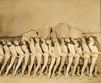 """Chorus girls from the revue """"Hot Chocolates."""""""