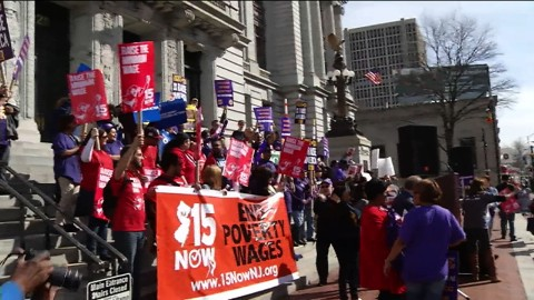 """New Jersey Workers Rally to """"Fight for $15"""""""