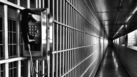 Does Bail Discriminate Against the Poor?
