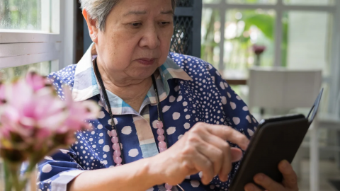 Hey, Personal Finance Apps: How About Serving Older People?