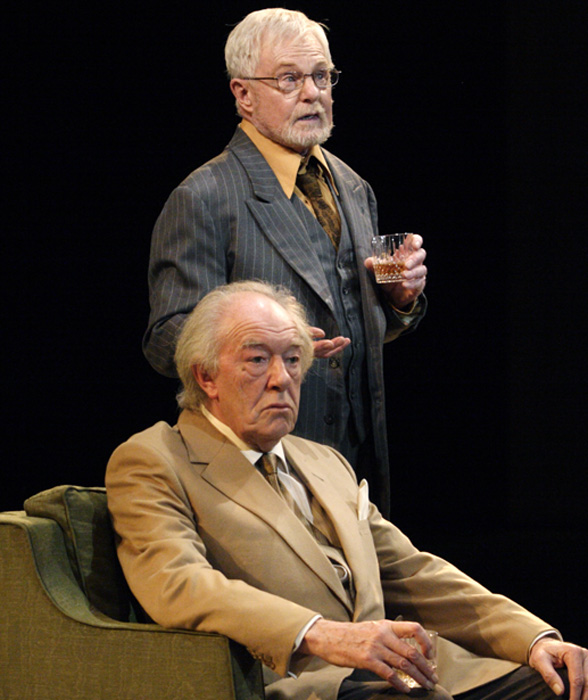 SIR MICHAEL GAMBON as Hirst and SIR DEREK JACOBI as Spooner in Harold Pinter's No Man's Land. Photo Catherine Ashmore.