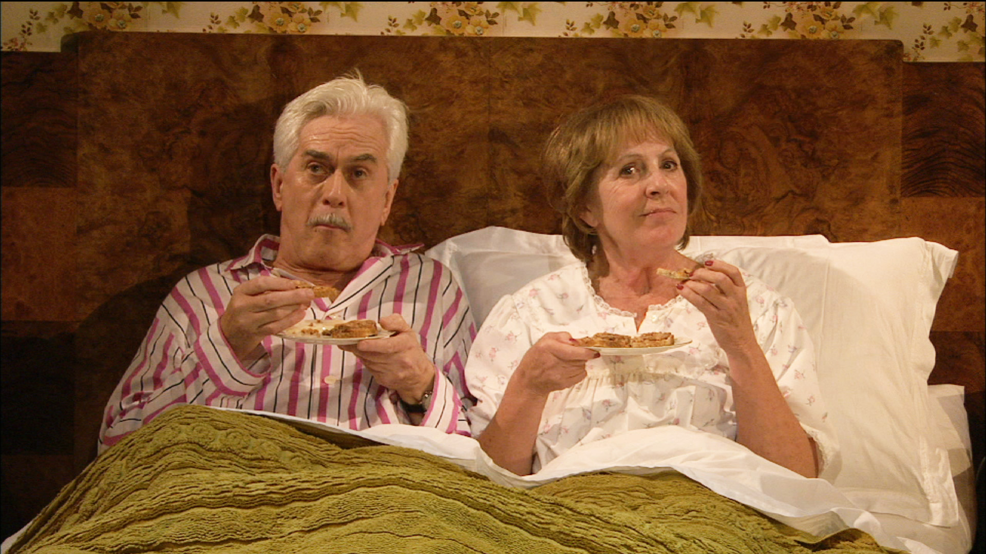 national theatre 50 years on stage penelope wilton and nicholas le prevost in bedroom farce. Black Bedroom Furniture Sets. Home Design Ideas