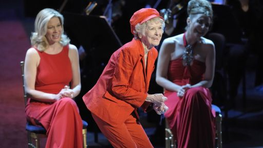 Elaine Stritch sings Sondheim