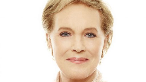 Julie Andrews Biography