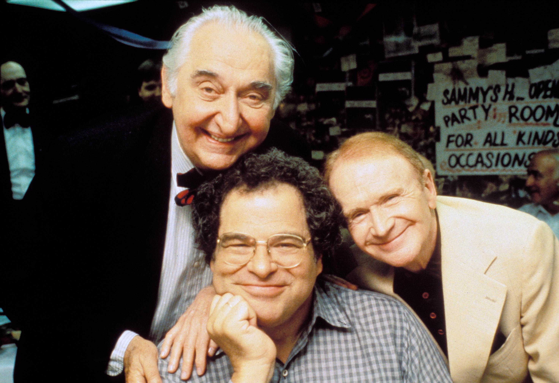 GP:  Itzak Perlman: In the Fiddlers House L-R:  Fyuush Finkel, Itzhak Perlman, Red Buttons photo:  Joseph Sinnott