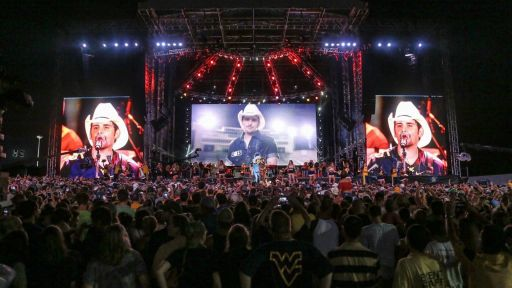 Brad Paisley – Landmarks Live in Concert Full Episode -- Crushin' It | Brad Paisley at WVU