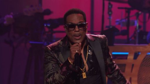 "Charlie Wilson, Valerie Simpson, and Vernon Reid perform Sly Stone's ""Dance to the Music"""