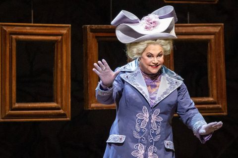 "7 Scene-Stealing Performances in the Comic Opera ""La Fille du Régiment"""