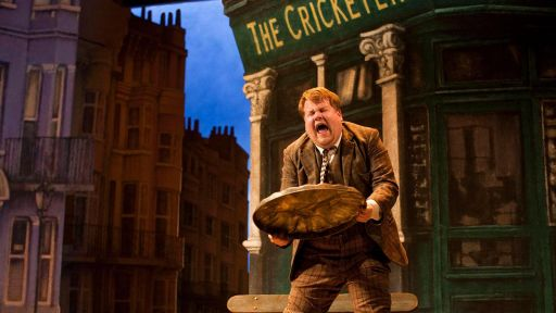 One Man, Two Guvnors -- James Corden's Argument with Himself
