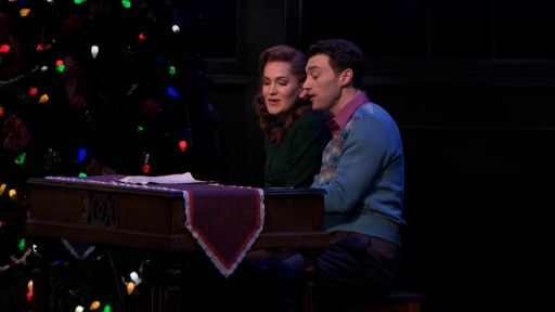 "Irving Berlin's Holiday Inn -- Lora Lee Gayer & Bryce Pinkham Sing ""White Christmas"""