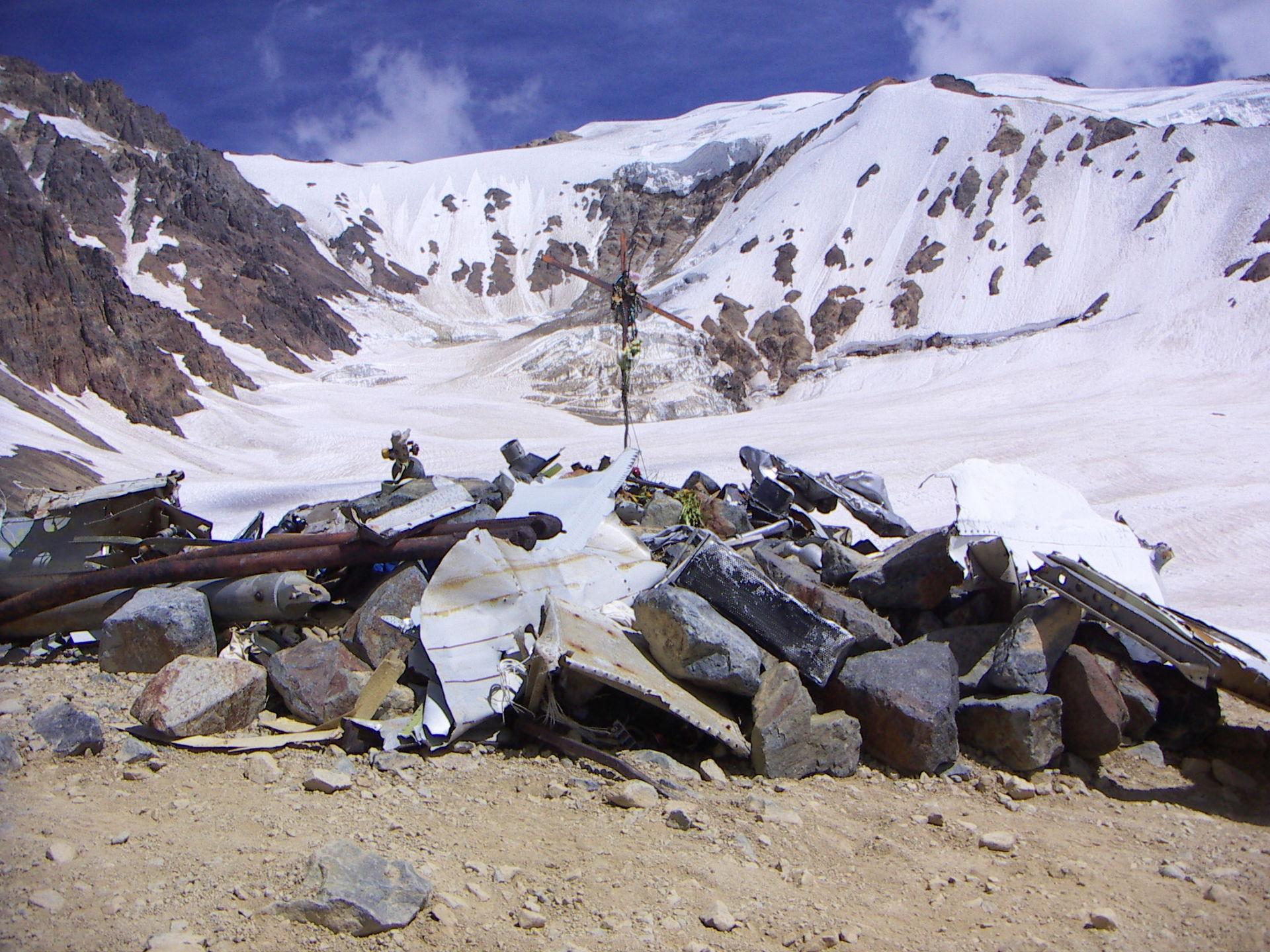View of the Crash Memorial in February 2006. Credit: BoomerKC
