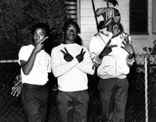 Crip members white White gangs?