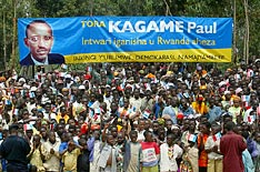 Crowds at an election rally for Paul Kagame.